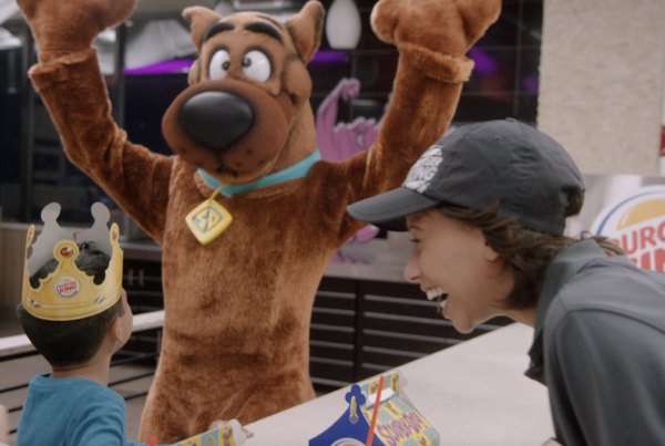 Scooby Cheers a Kid